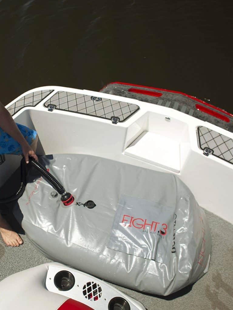 הוספת משקל לסירה