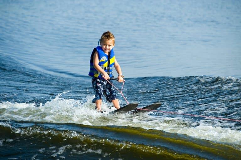 לימוד סקי מים בכנרת